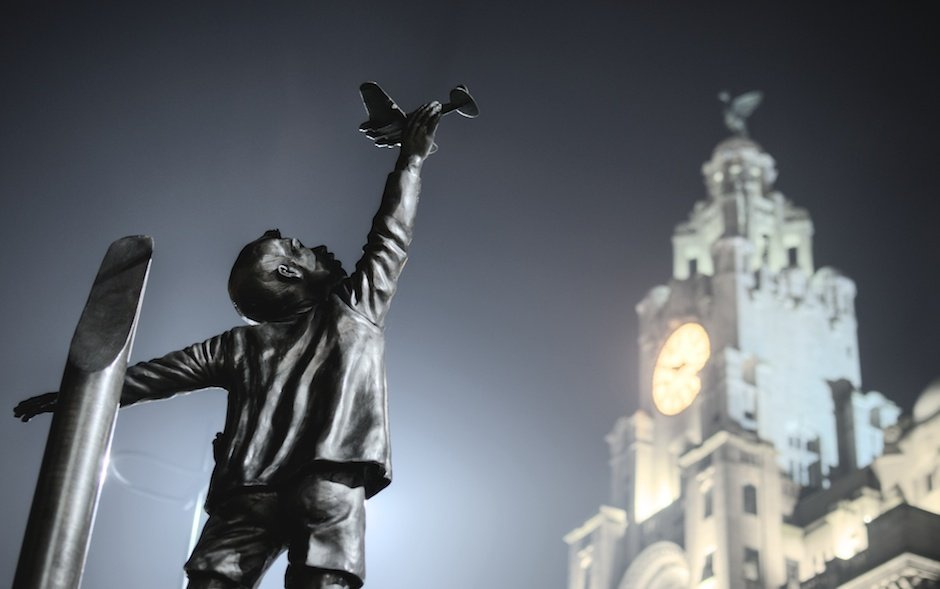 Spirit of the Blitz statue - Church of Our Lady and Saint Nicholas, Liverpool