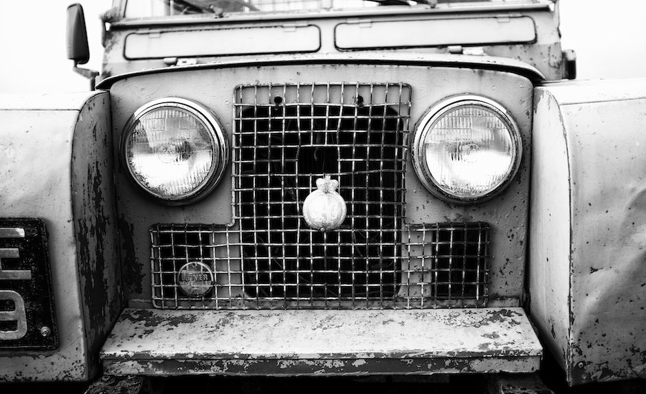 Vintage Land Rover - Black and White - X100s