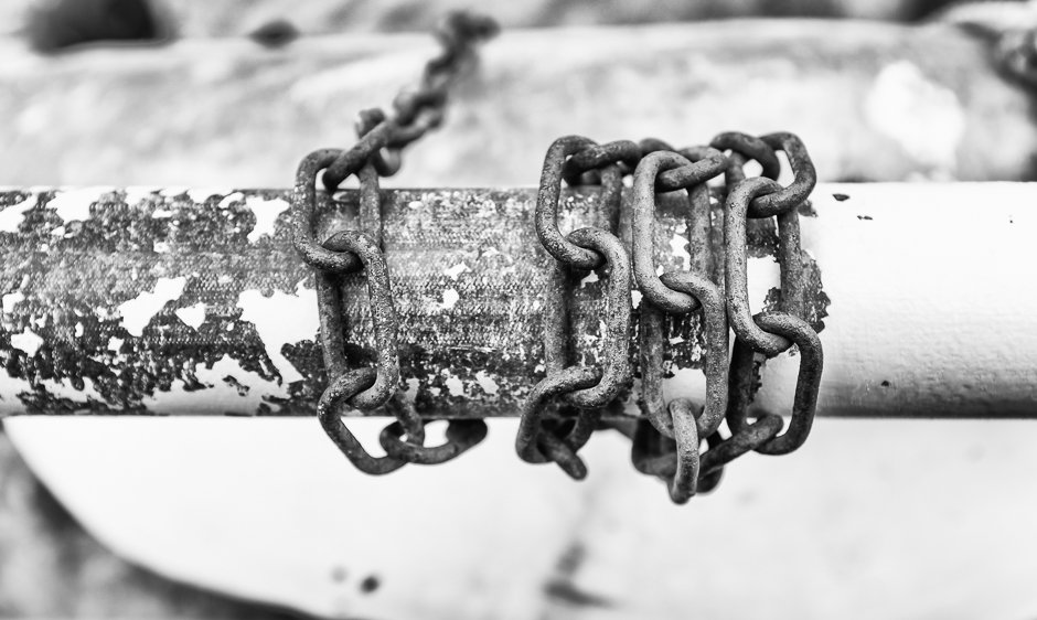 Chain and fence - Rhos-on-sea, North Wales