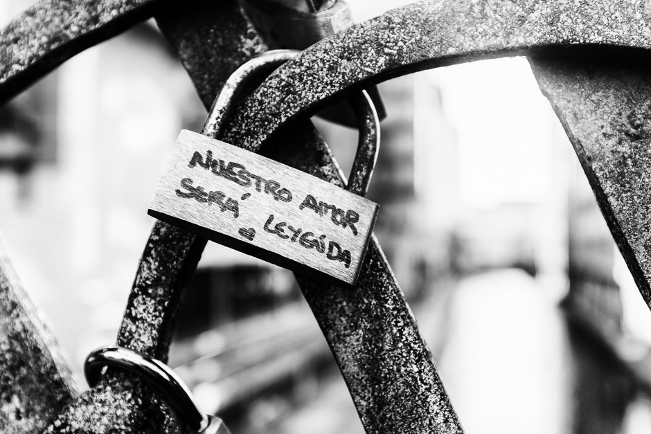 Padlock with Nuestro Amor Sera Leyenda - 'our love with be legend""
